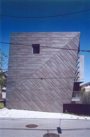 「TRAPEZOID」(兵庫県西宮)荒谷 省午/荒谷省午建築研究所